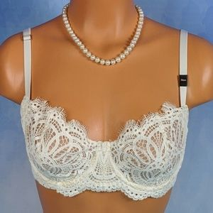 VS Wicked lace push-up without padding bra NWT 32E